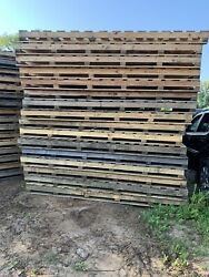 150 5andrsquox10andrsquo Heavy Duty Wood Pallets
