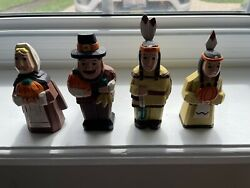 Vintage Lot Of 4 Wooden Thanksgiving Indians And Pilgrims Figures