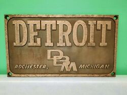 Vintage Detroit Machinery Company Cast Nameplate Sign Plaque Rochester Mi Tools
