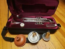 Yamaha Xeno Ytr8335rgs Bb Trumpet W/ Reversed Leadpipe Gold Brass Bell And Extras