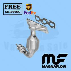 Direct Fit - Catalytic Converter Magnaflow Fits Ford Escape 2003-2007 Front