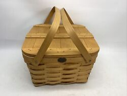 Peterboro Basket Co. Two Pie Basket W Hinged Lid and elevated tray 12 x 12 x 8
