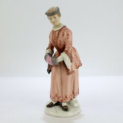 Rare Antique 18th Century Zurich Porcelain Figurine Of An Ice Skater - Lady Pc