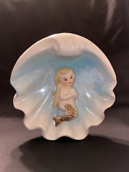 Rare Vintage Norcrest Mermaid In Seashell Wall Plaque Or Table Figurine P-35