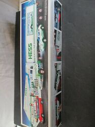 1992 Hess Toy Truck 18 Wheeler And Racer New Gas Oil Station Transport Brand New