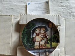 M.j. Hummel Vintage 1989 Stormy Weather Decorative Collector Plate R5801