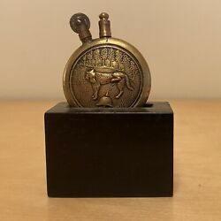 Anti-german Wwi Dog Peeing On Picklehaube Helmet Trench Lighter And Stand