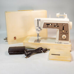Vintage 1968 Singer Sewing Machine 646 Touch And Sew Deluxe Zig-zag Runs Great