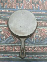 Beautiful Antique Miniature Hammered Cast Iron Skillet 1s -old Lodge Cookware