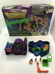 Kenner Microverse Goosebumps Night In Terror Tower Micro Playset Complete