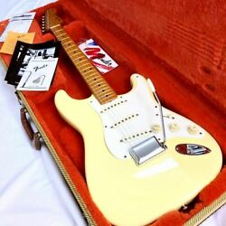 '57 Good Condition Fender Usa American Vintage 57 St Vwt Stratocaster Lacquer