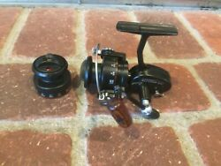 Garcia Mitchell 308s Spinning Reel Snn293109 Excellent Condition Extra Spool