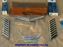 Ford Ornaments_name Plate Thunderbird 1957-1956 Nos