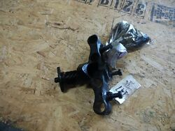 John Deere B Unstyled Valve Tappet Guide B1130r And Tappets Ab271r Item 147