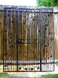 Grapevine Iron Wine Cellar Door Wall System Vineyard Winery Gate Grape and Vines