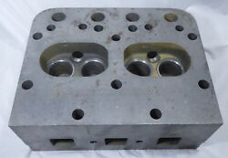 Nos Minneapolis Moline Cylinder Head Part 10a5857a New In The Box Tractor