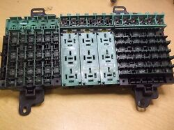 Commercial Truck Fuse Relay Block R60994-001 Free Shipping