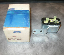 Nos Ford 8 Cylinder Speed Control Relay And Bracket Part Number D4az-9c792-a