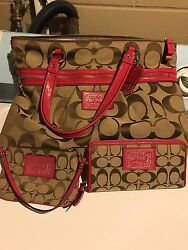 coach purse f22947 set with wallet and wristlet