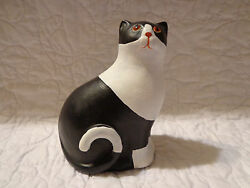 ARTISANS 1980 Hand Painted Black and White Cat Figurine USED