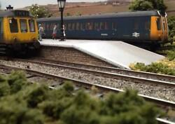 Oo Gauge Model Railway Layout Two Sections 5 1/2ft X 17.5 Dc Or Dcc - Goathland