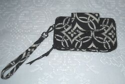 NEW WITH TAG VERA BRADLEY CONCERTO WRISTLET FOR IPHONE 6 RETAILS $48