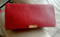 NWT Burberry Medium Mildenhall Signature Grain Leather Clutch Red Bag MSRP $ 995