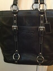 Authentic Coach Black Leather Bucket Tote Carryall Shoulder Bag E0820-F11524