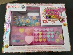 Emoji Cosmetic Set Eye Shadow Lip Gloss Blush Makeup $10.00