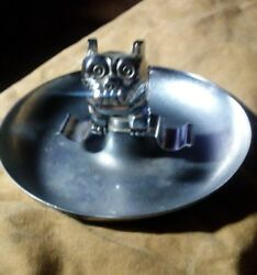 Mack Truck Bulldog Hood Ornament. Ashtray. Central Die Casting And Mfg Co Chicago