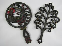 Vintage 50's Wilton Hand Painted R Rooster And Tree Cast Iron Footed Trivet