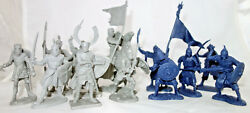 Crusaders Vs Saracens, 13 Flexible Toy Soldiers, 54mm 1/32, Biplant, New