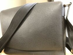 100% Authentic Louis Vuitton Men's Cross body work bag -Roman MM Taiga M32682