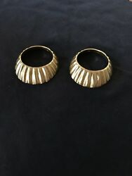 Solid 18k Yellow Gold Two Piece Shell Ring Size 6.5
