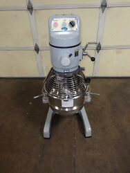 Globe Sp 30 Mixer W/ Ss Bowl And Hook