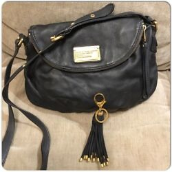 MARC BY MARC JACOBS Q NATASHA FULL SIZE CROSS BODY BLACK LEATHER BAG w Charm