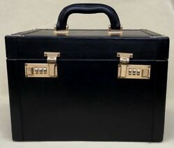 Auth CARTIER Train Beauty Cosmetic Case Box Black Leather WeekendTravel Bag