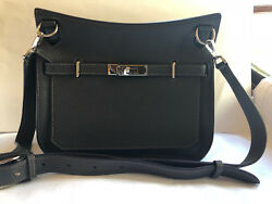 AUTHENTIC HERMES Jypsiere 28 Shoulder Cross Body Bag With Silver Hardware