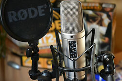 RODE NT2A MIC NT2-A Condenser Microphone Package MINT! SUPER FAST SHIPPING!