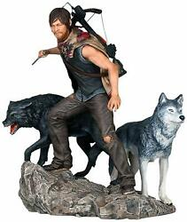 Gentle Giant Studios The Walking Dead Daryl And The Wolves Statue 18 Scale