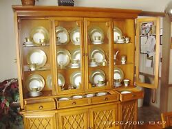 Drexel Vintage Dining Set And Lighted Cabinet - Combo Meridian And Almeria