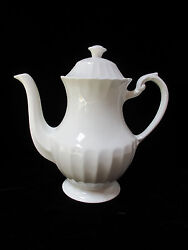 J And G Meakin Classic White Teapot 5 Cup Made In England 9.25 Tall