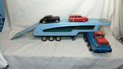 Vintage S.s.s. International Tin Friction Car Carrier With Two Friction Cars
