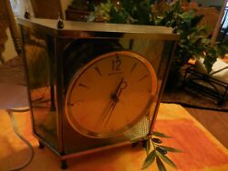 Vintage Mid-century Mantel Clock By Mastercrafters Model No 911 Style Mcm 50and039s