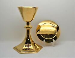 + Nice Older Chalice And Paten Set + All Sterling Silver + 8 1/2 Ht. Cu454