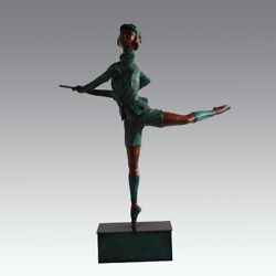 China Girl Soldier Armed With Rifle Dance Artists Bronze Art Deco Sculpture S84