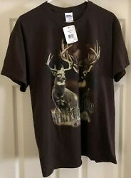 Gildan Whitetail Deer Hunting Club dark brown graphic t-shirt size Large NWT!!