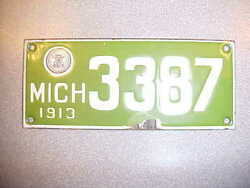 1913 MICHIGAN  MOTORCYCLE PORCELAIN LICENSE PLATE TAG