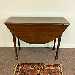 1740's English Queen Anne Pad Foot Round Walnut Gate Leg Table
