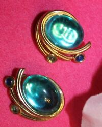 POPULAR TRIFARI TM SIGNED JEWELED CLIP ON EARRINGS EXCELLENT LOOK
